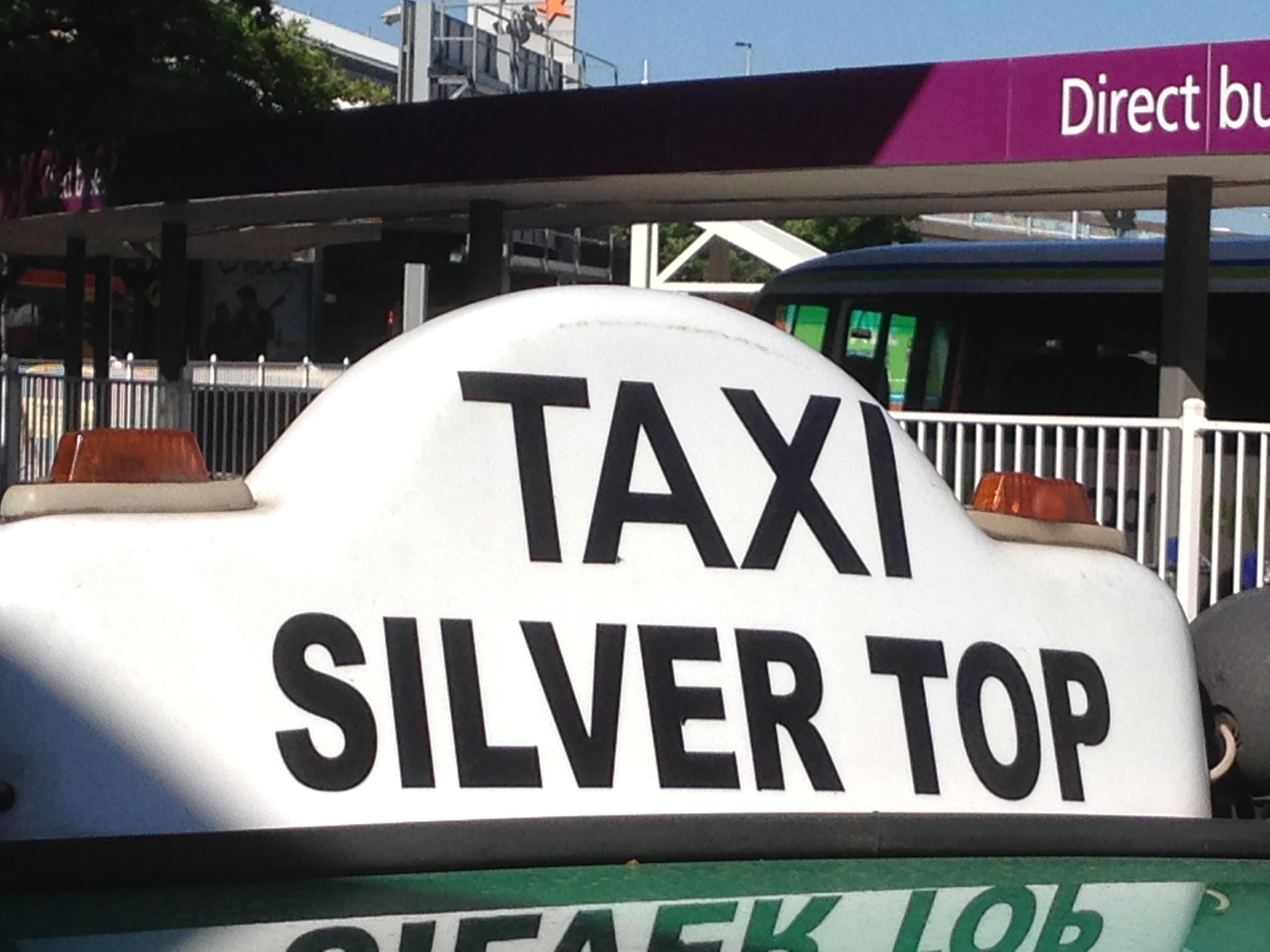 e0c6e2fcae0dc Taxi tale 3 – Holly Bolly India