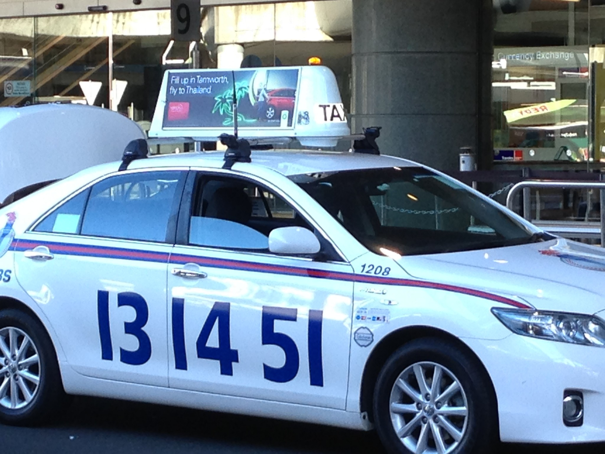 6f6ebbcad48fc Taxi tale 12 – Holly Bolly India